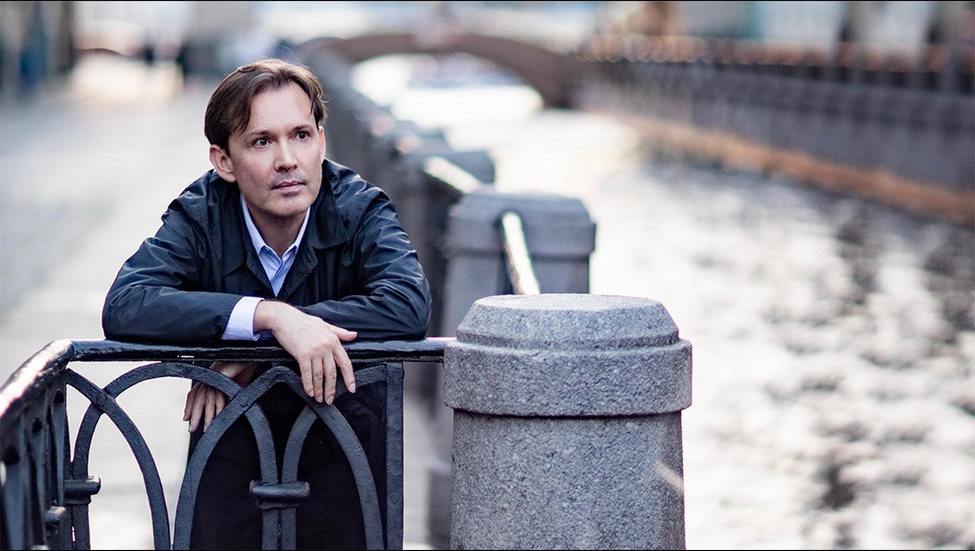 Олег Погудин с программой «Городской романс»